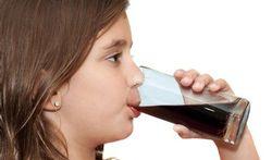 Zuur in frisdrank leidt tot tanderosie bij kinderen