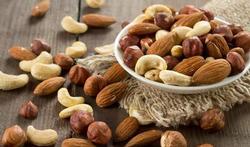 Wie noten eet leeft langer