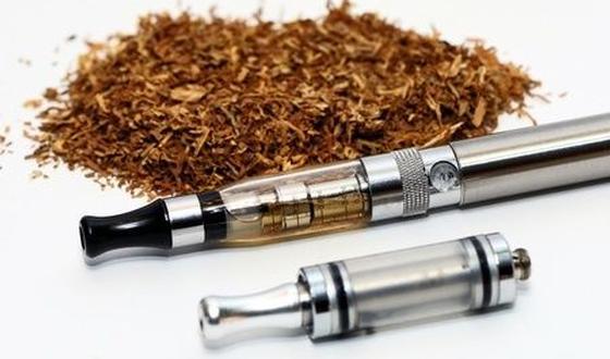 e sigaret helpt rokers om te stoppen. Black Bedroom Furniture Sets. Home Design Ideas
